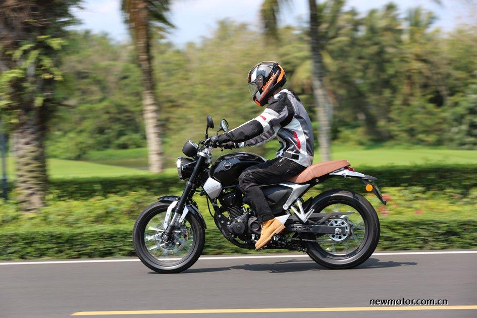 便利群众申领摩托车驾驶证6项便民利民服务措施